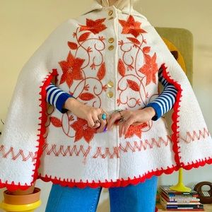 Vintage 1960s white red embroidered poncho cape SM